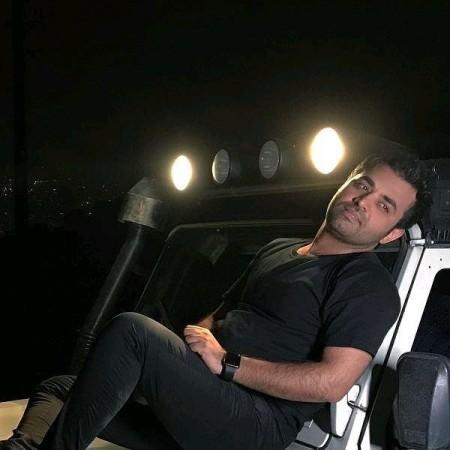 دانلود آهنگ نیمه شب از میثم ابراهیمی