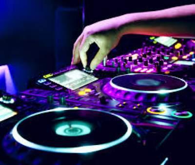 میکس آهنگ خارجی شاد برای ماشین و رقص و پارتی Dj Ramin tehrani